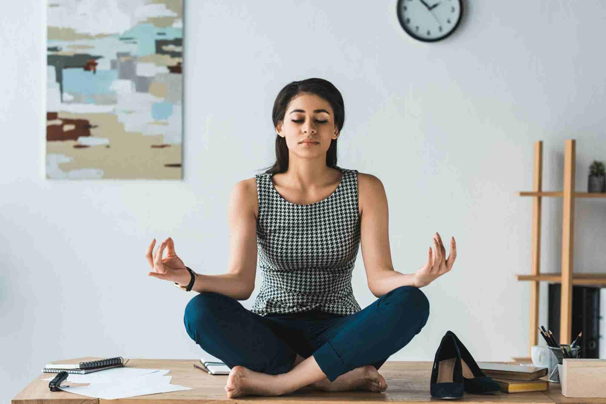 ¿Eres emprendedor? Por estas razones deberías practicar un poquito de yoga