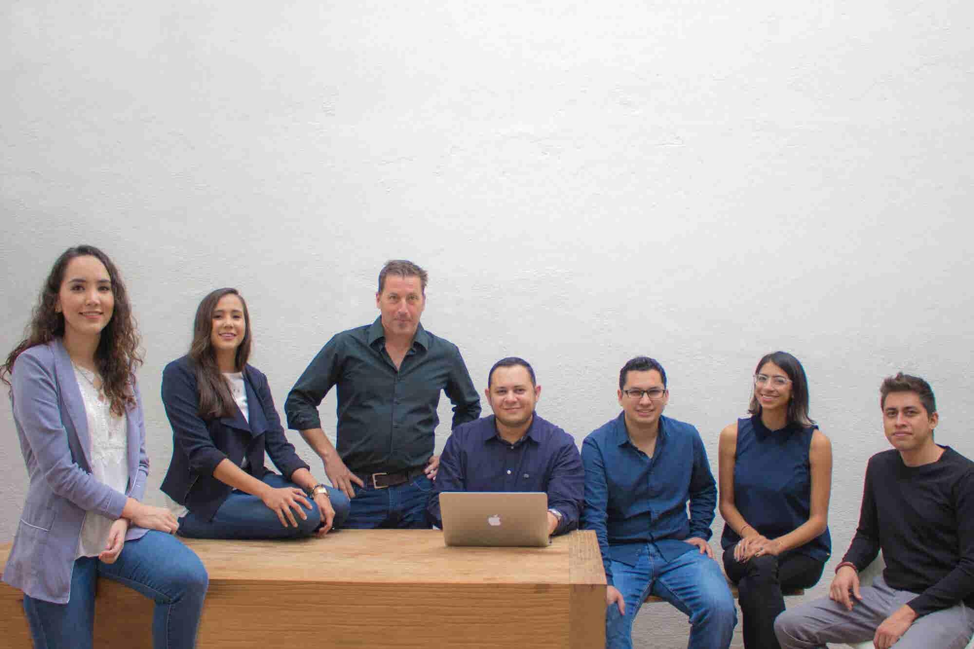 Ellas quieren ser las abogadas de los emprendedores mexicanos