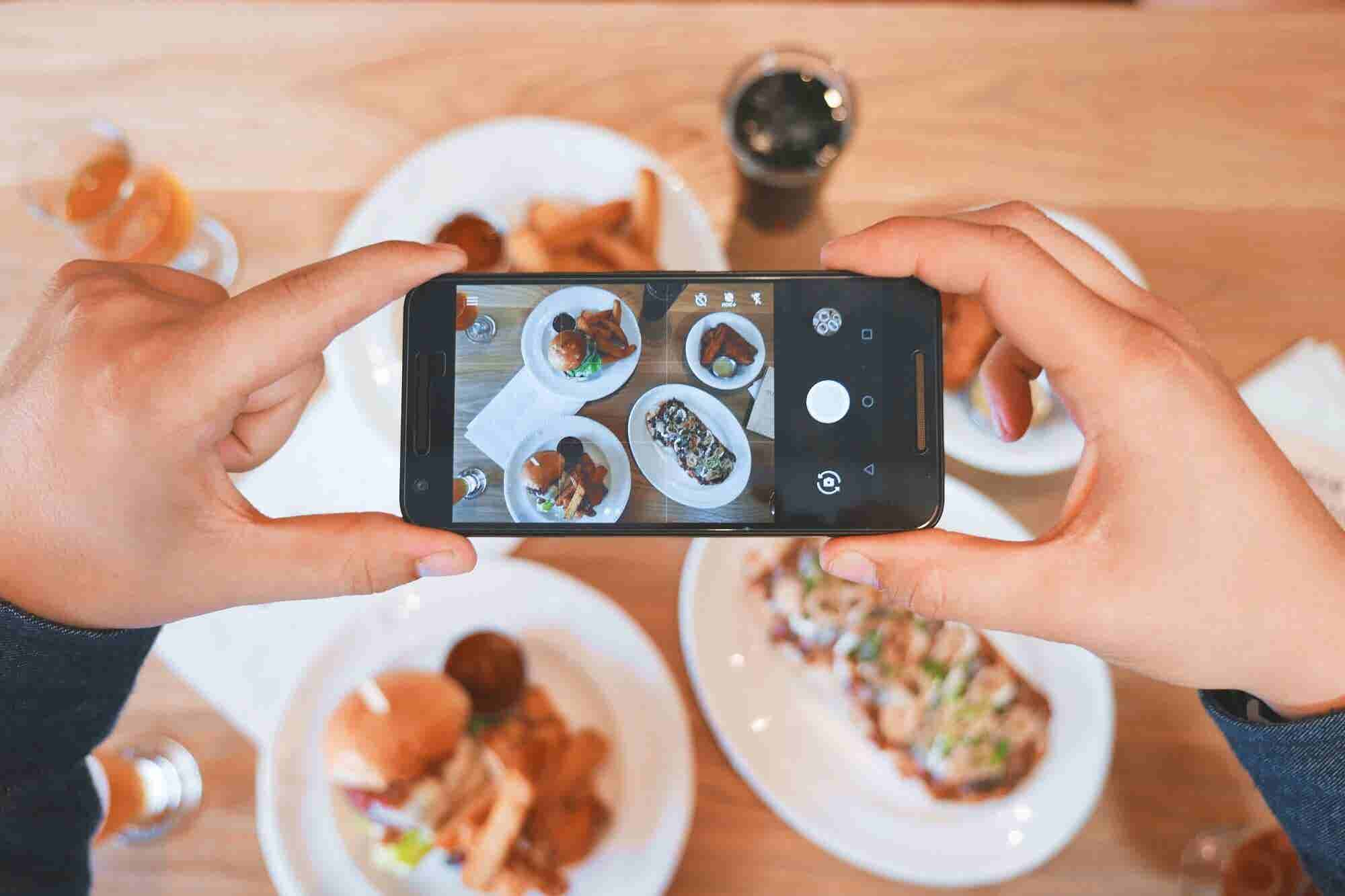5 Ways Food Entrepreneurs Can Use Social Media To Grow Business