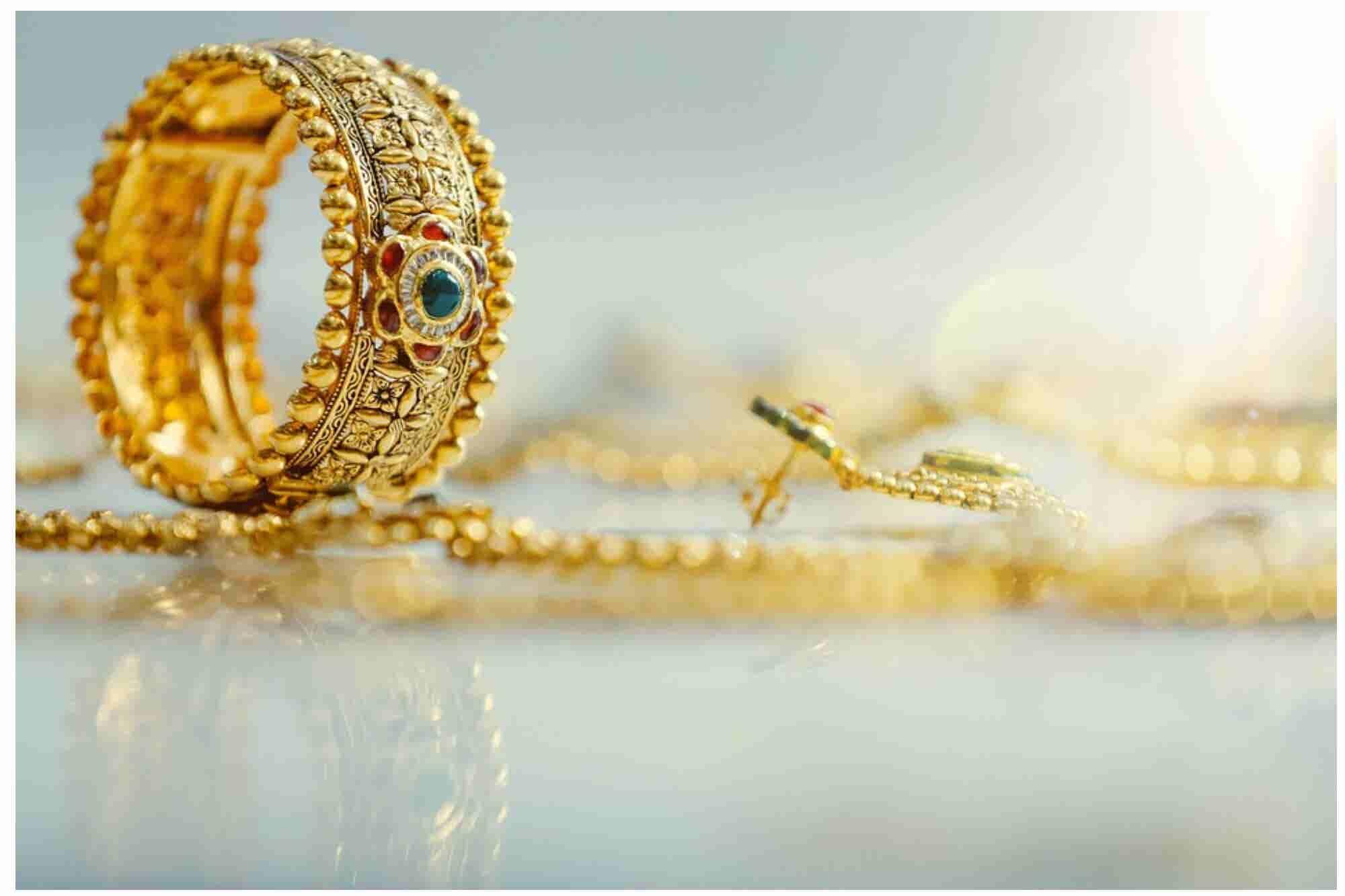 Learning Entrepreneurship from India's Women Jewellers!