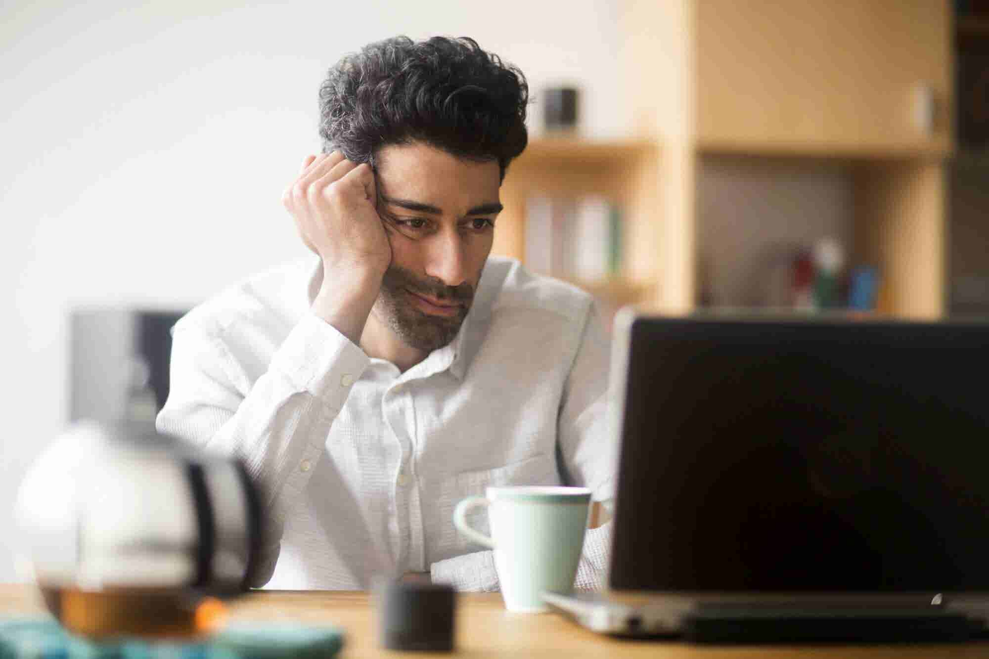 Anonymous Online Detractors Shattering Your Confidence?