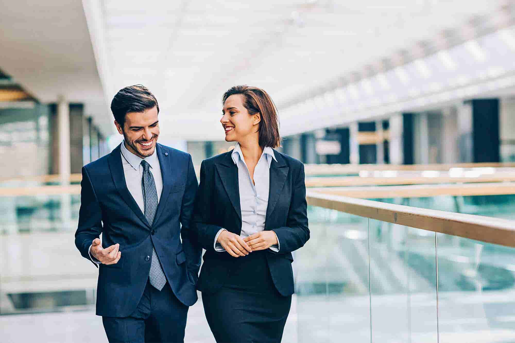 7 Perfect Questions to Ask While Networking