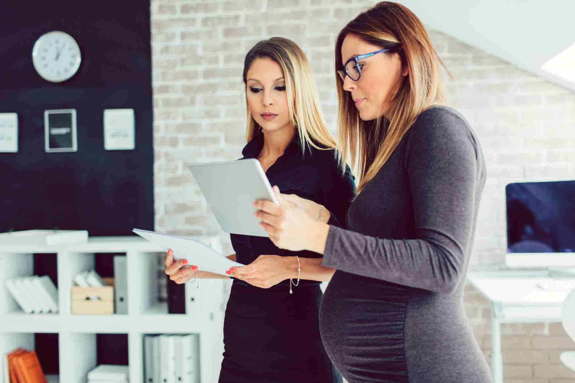 10 Companies Offering Great Maternity Benefits and Eager to Recruit Women