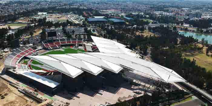 El arquitecto mexicano que triunfa desde Chicago y regresa a México para inaugurar un estadio