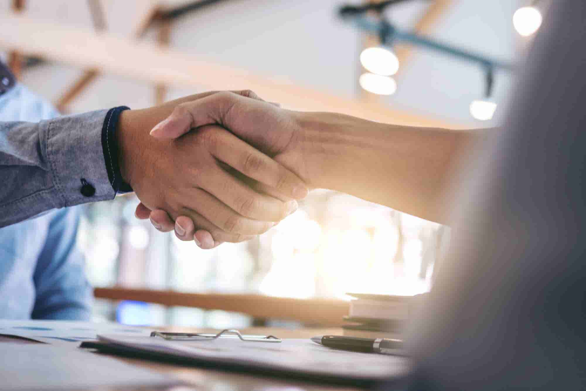 How to Use 'the Law of Reciprocity' to Build Better Business Relationships