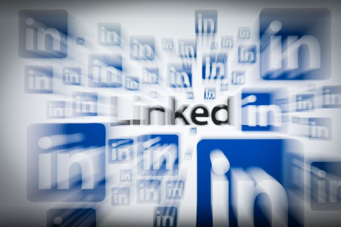 Creating LinkedIn Ads That Convert Like Crazy
