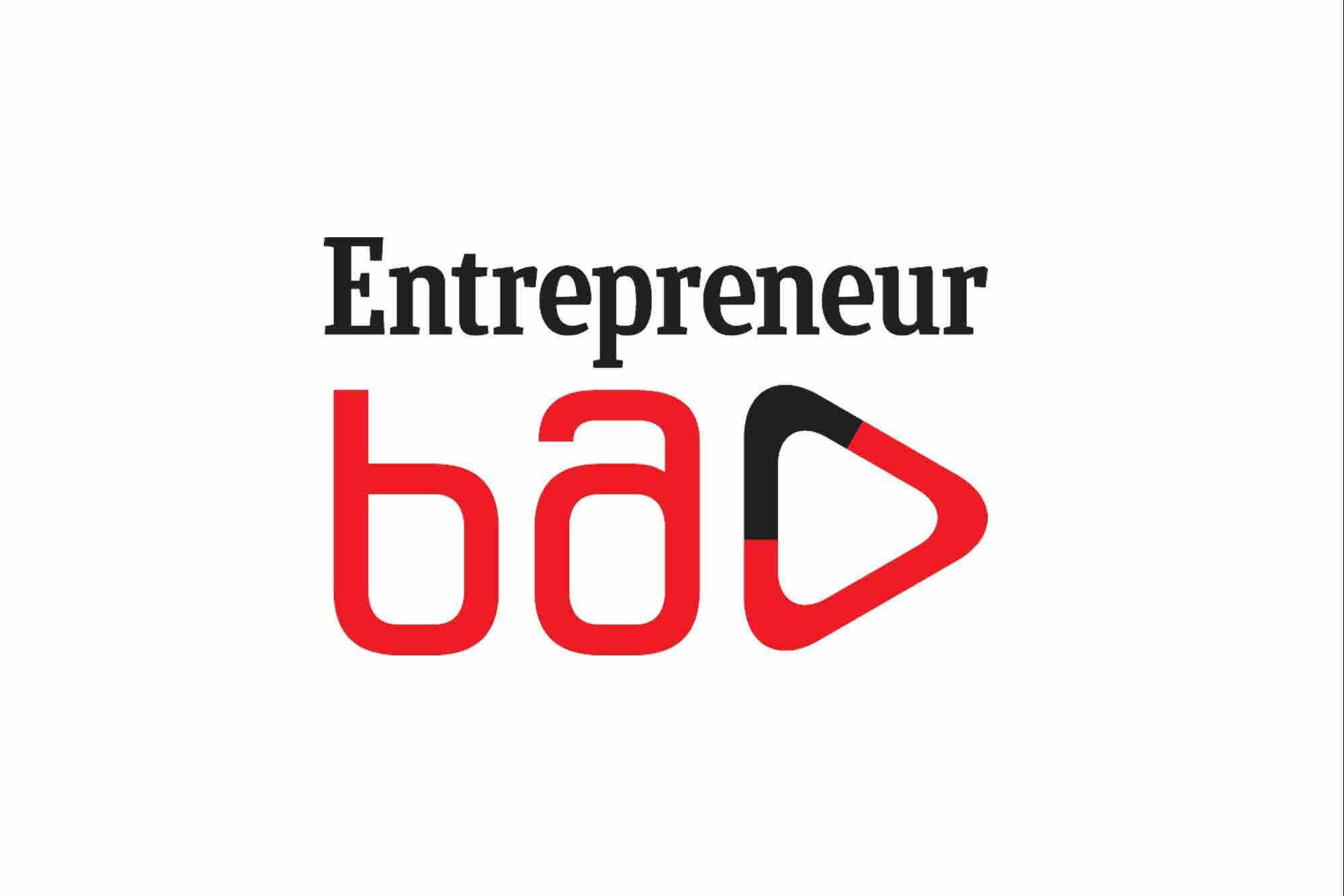 """VREX-ის და """"8000 მოსავალის"""" დამფუძნებლები გადაცემაში """"Entrepreneur ხმა"""""""