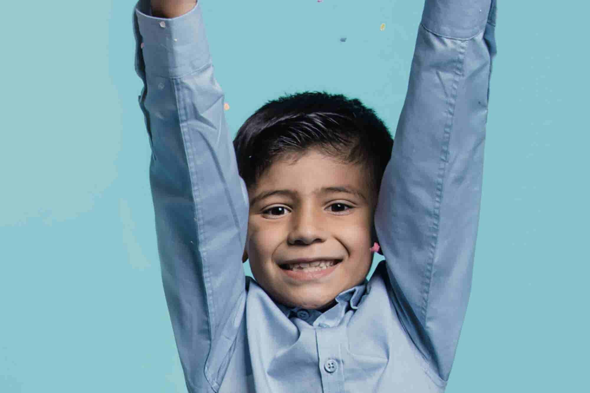 Este niño apenas tiene 7 años, pero ya encontró una oportunidad de negocio