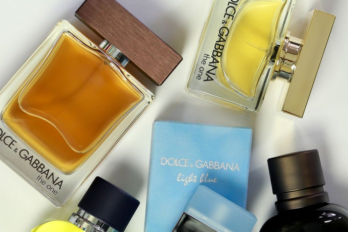 10 Long Lasting Colognes To Wear At Work & Create An Impactful Aura