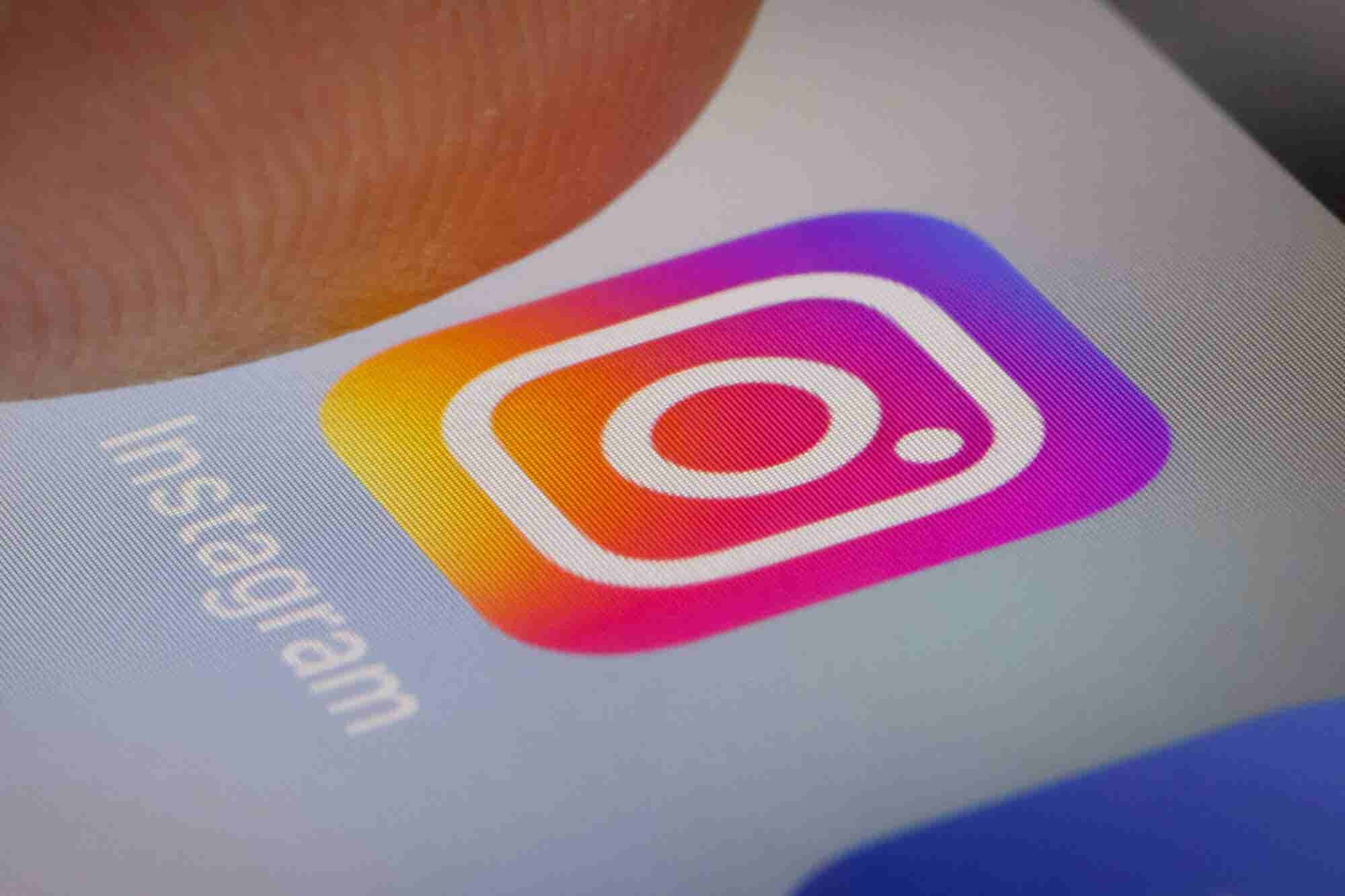 What Makes an Instagram Stories Ad Fly? Answer: These 5 Elements.