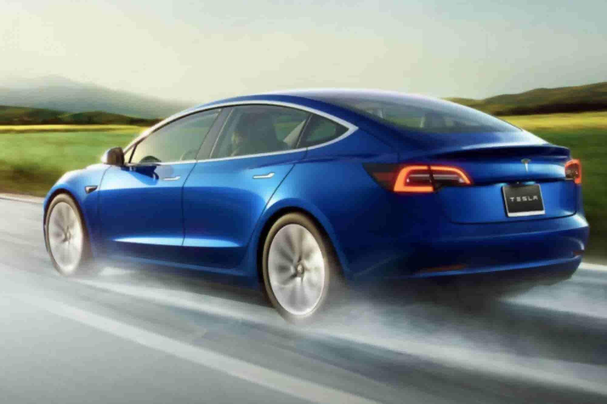 Tesla Stops Selling $35,000 Model 3 Online