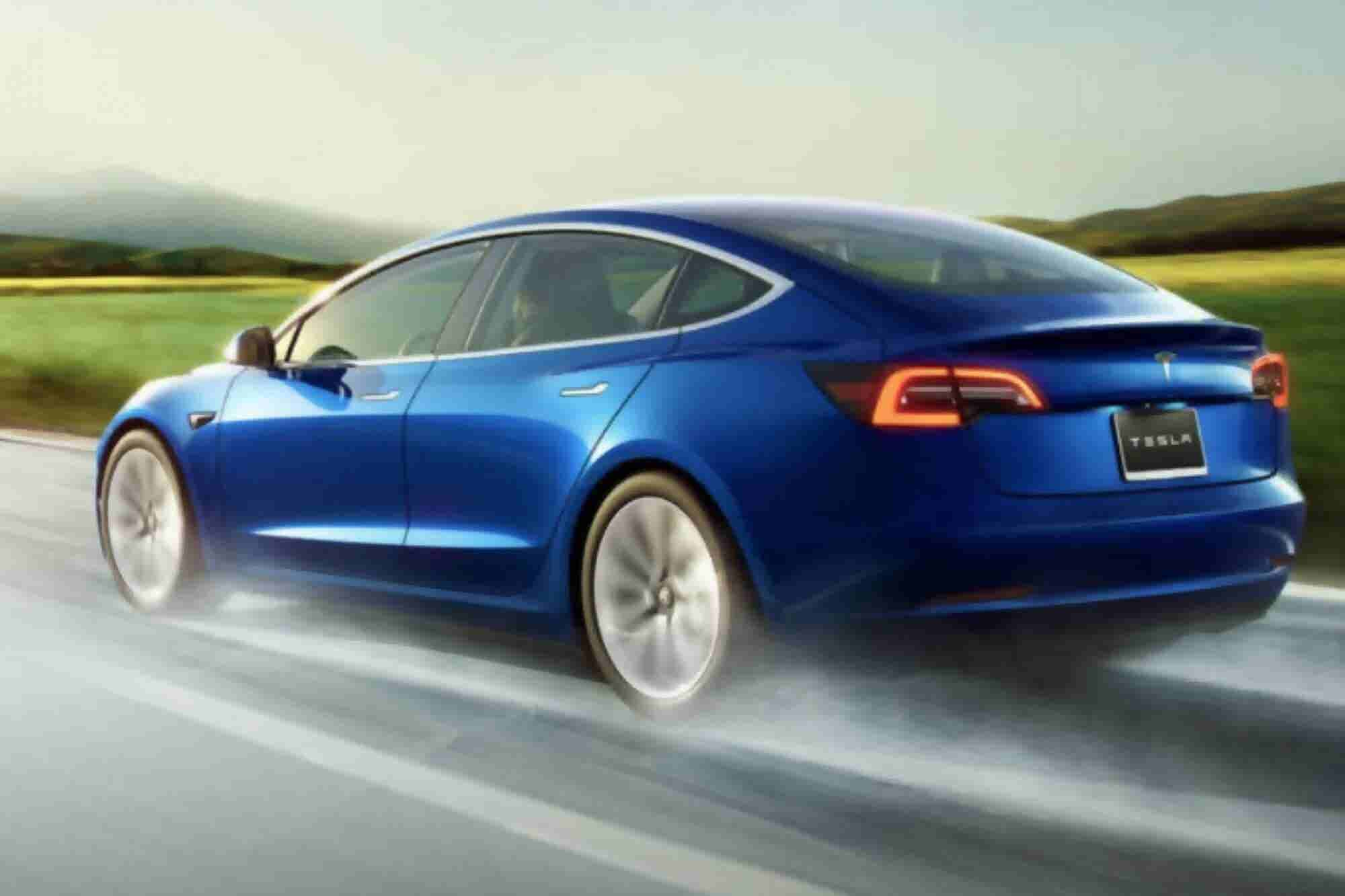 Tesla Stops Selling $35,000 Model 3 Online