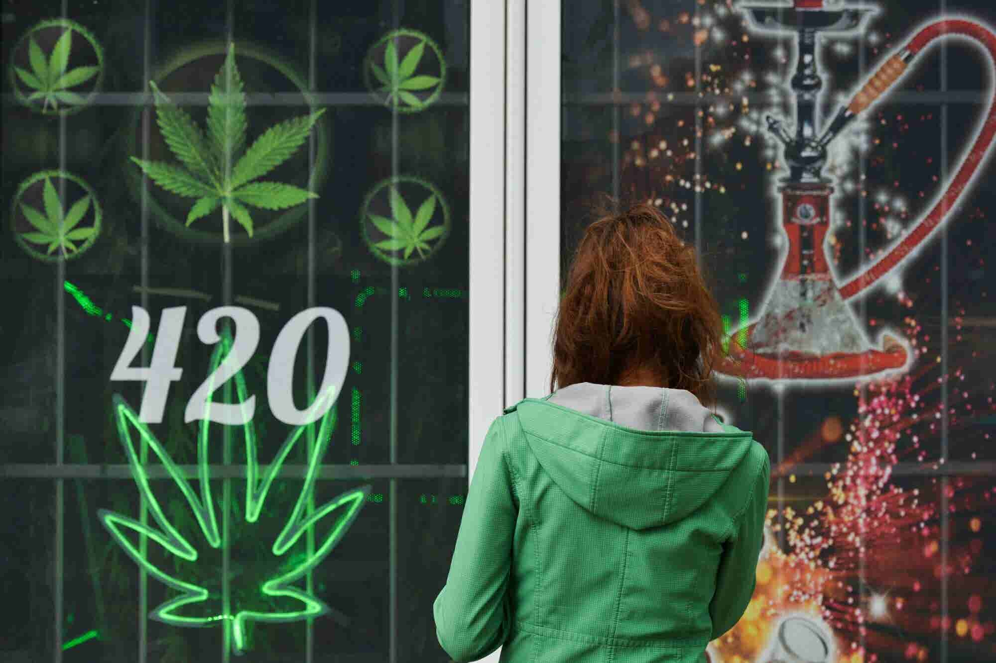 7 Stats to Know About Legal Cannabis and CBD This 4/20