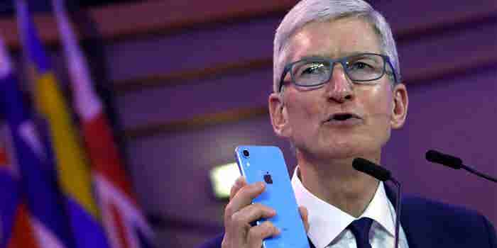 Apple CEO Tim Cook Made One Simple Change to Help Him Avoid iPhone Addiction