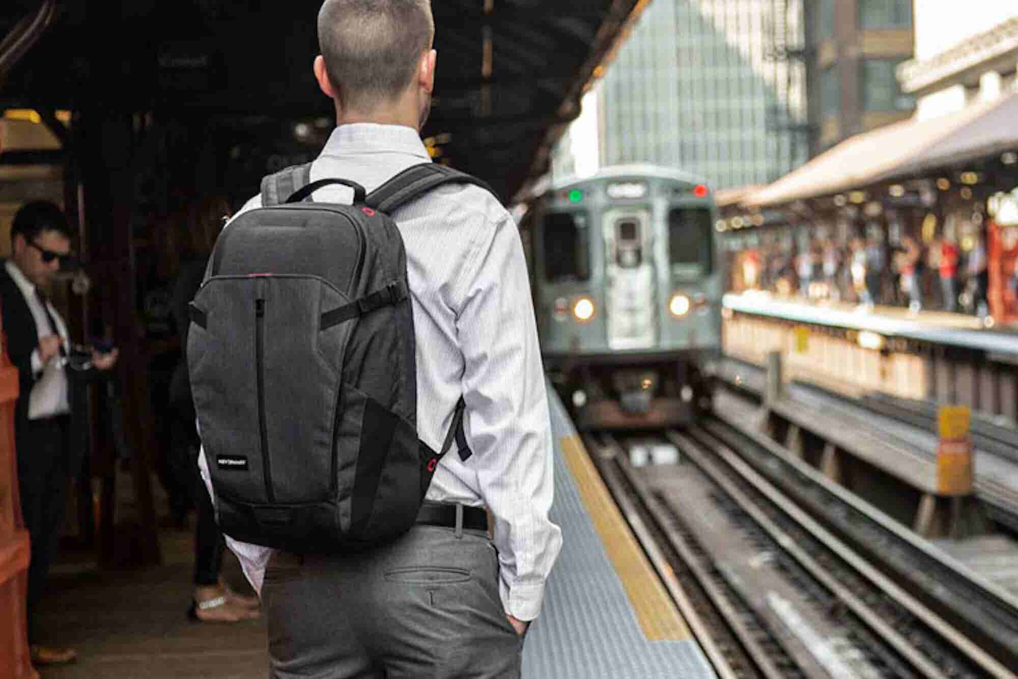 This Top-Rated Commuter Bag Is Every Entrepreneur's Dream
