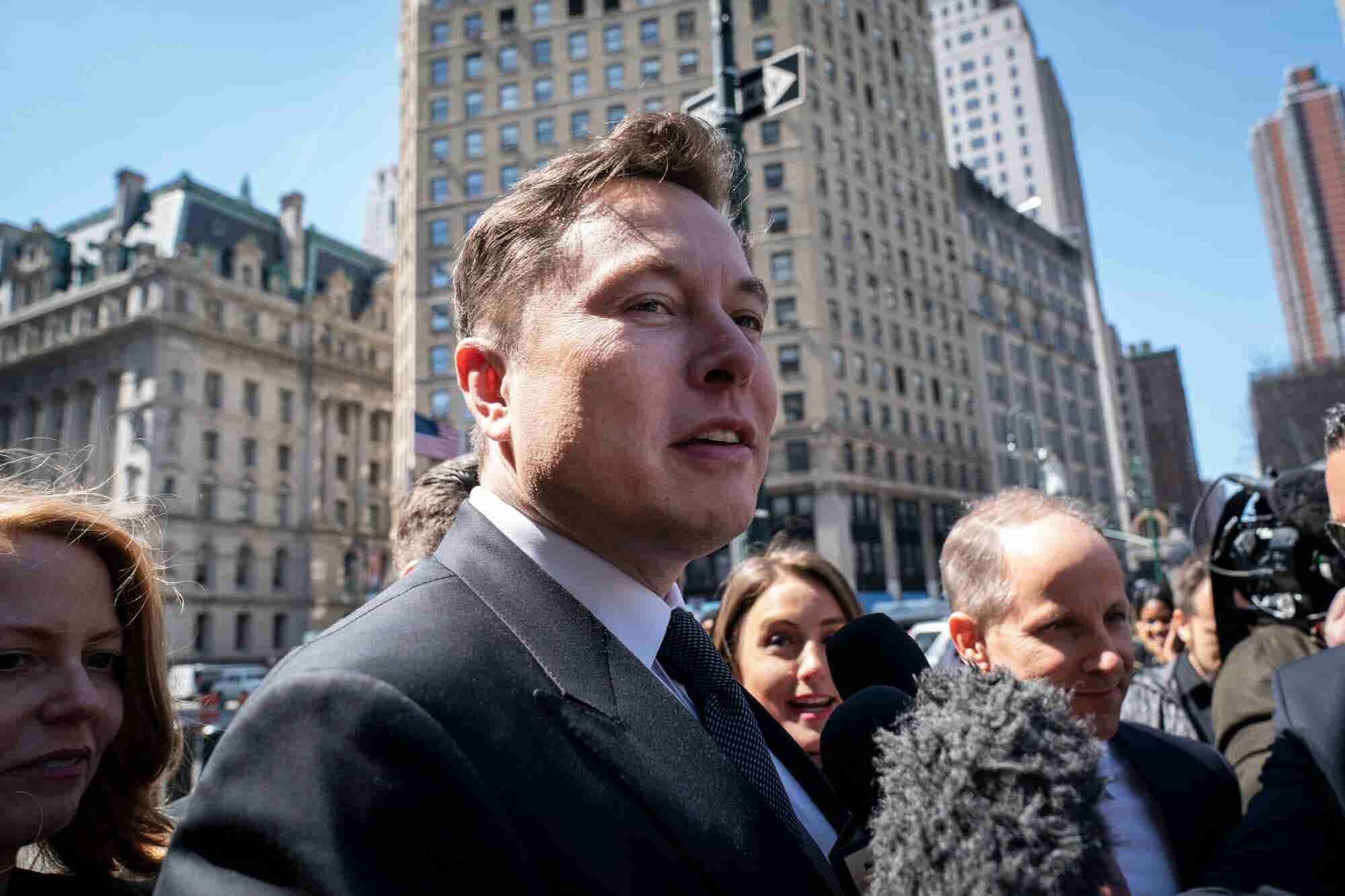 Tesla Stock Falls Hard Despite Elon Musk's Claim That It Will Eventually Have $500 Billion Market Cap