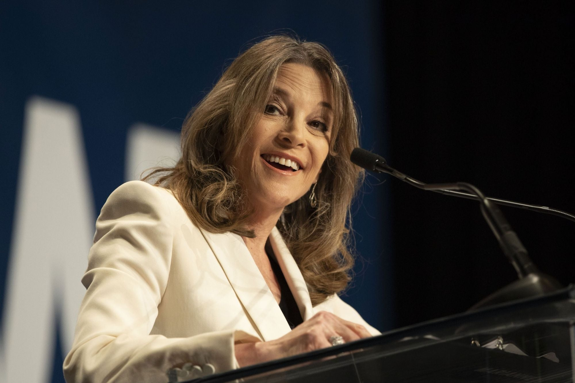 Marianne Williamson May Seem a Little Bananas, however She's Right to Focus on Food Issues thumbnail
