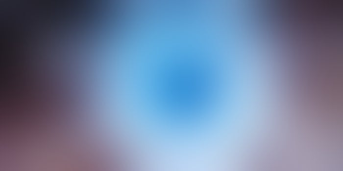 Este prototipo de lente de contacto hace zoom cuando parpadeas dos veces
