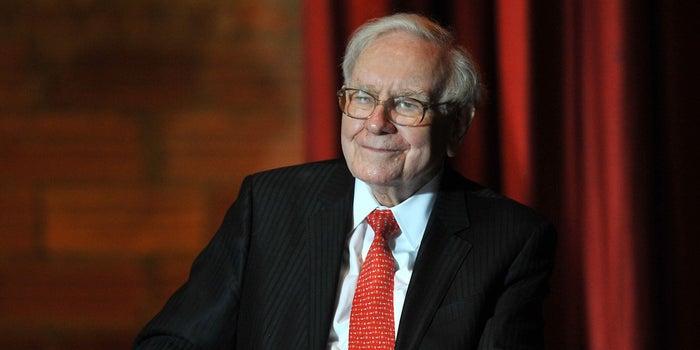 5 Ways That Billionaire Warren Buffett Pays a Lower Tax Rate Than His Secretary