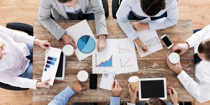 Tips and Tools for Better Managing Lead Flow and Converting Sales
