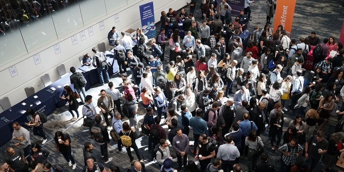 10 Things You Need to Survive Business Conferences