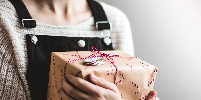 10 Unique Holiday Gifts You Won't Believe are Less Than $30