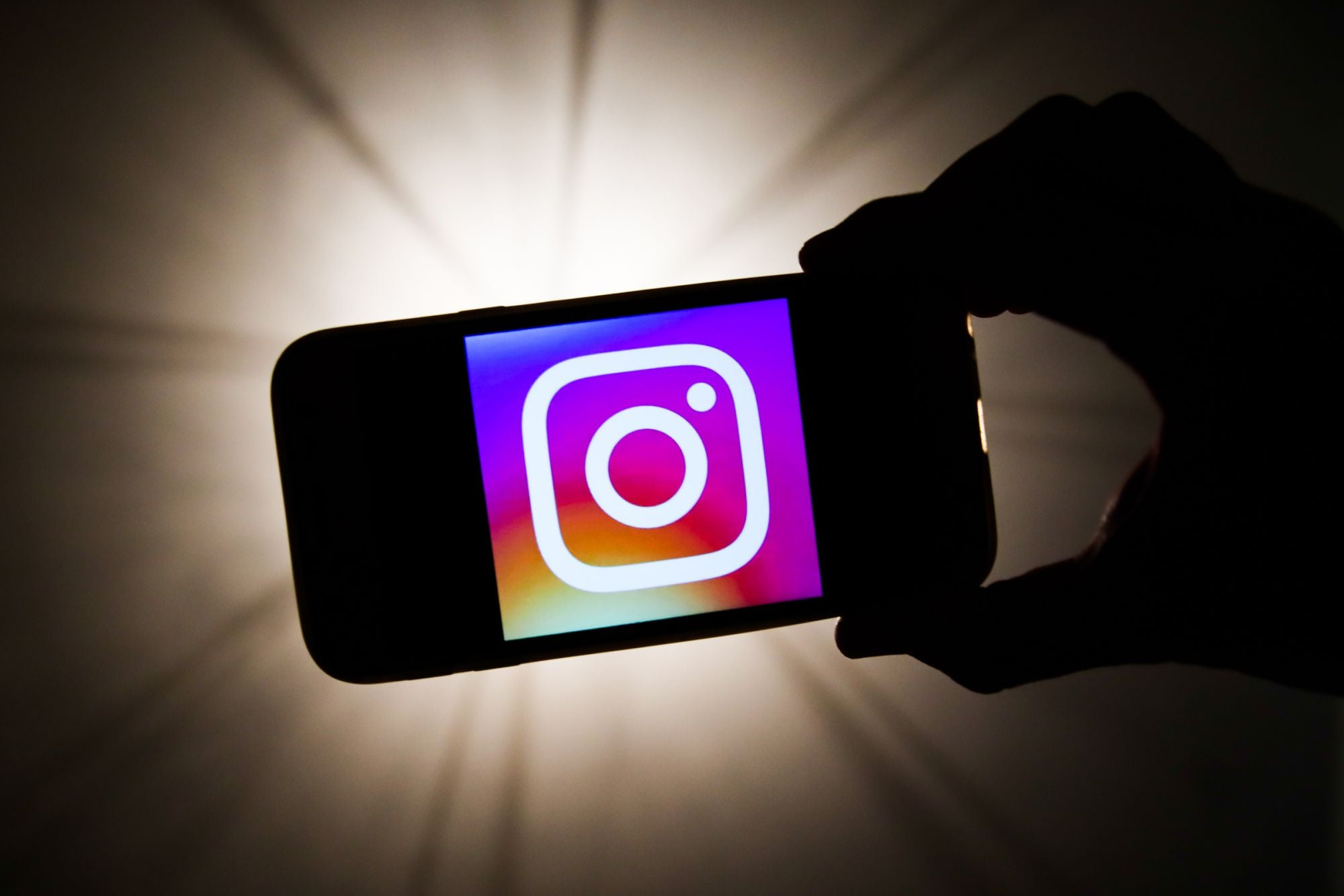 steps to create an eye catching instagram aesthetic for your brand