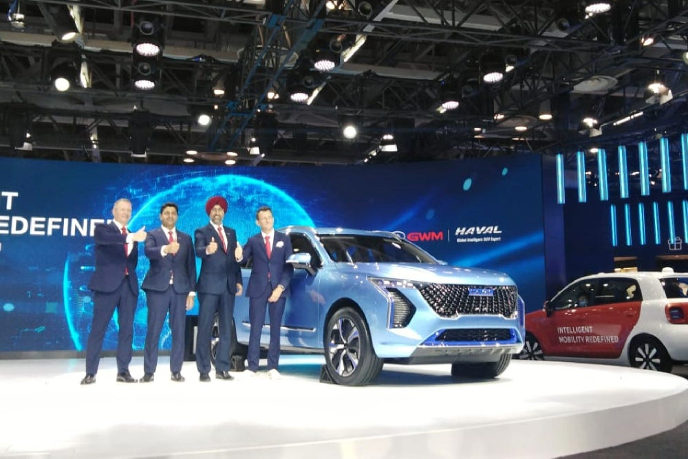 6 Passenger EVs Displayed on Day 1 of Auto Expo