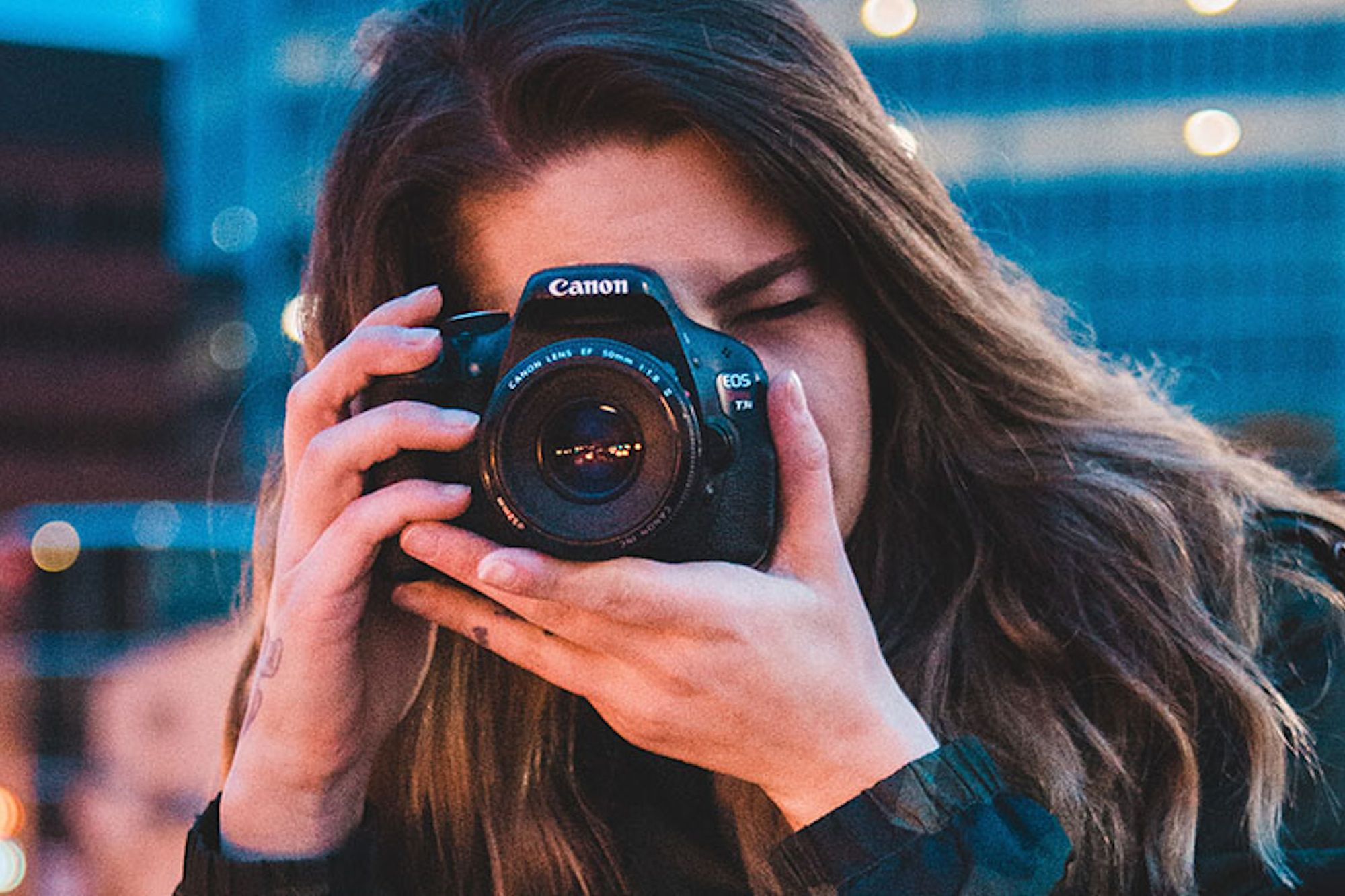 Learn How to Start a Creative Side Hustle as a Photographer