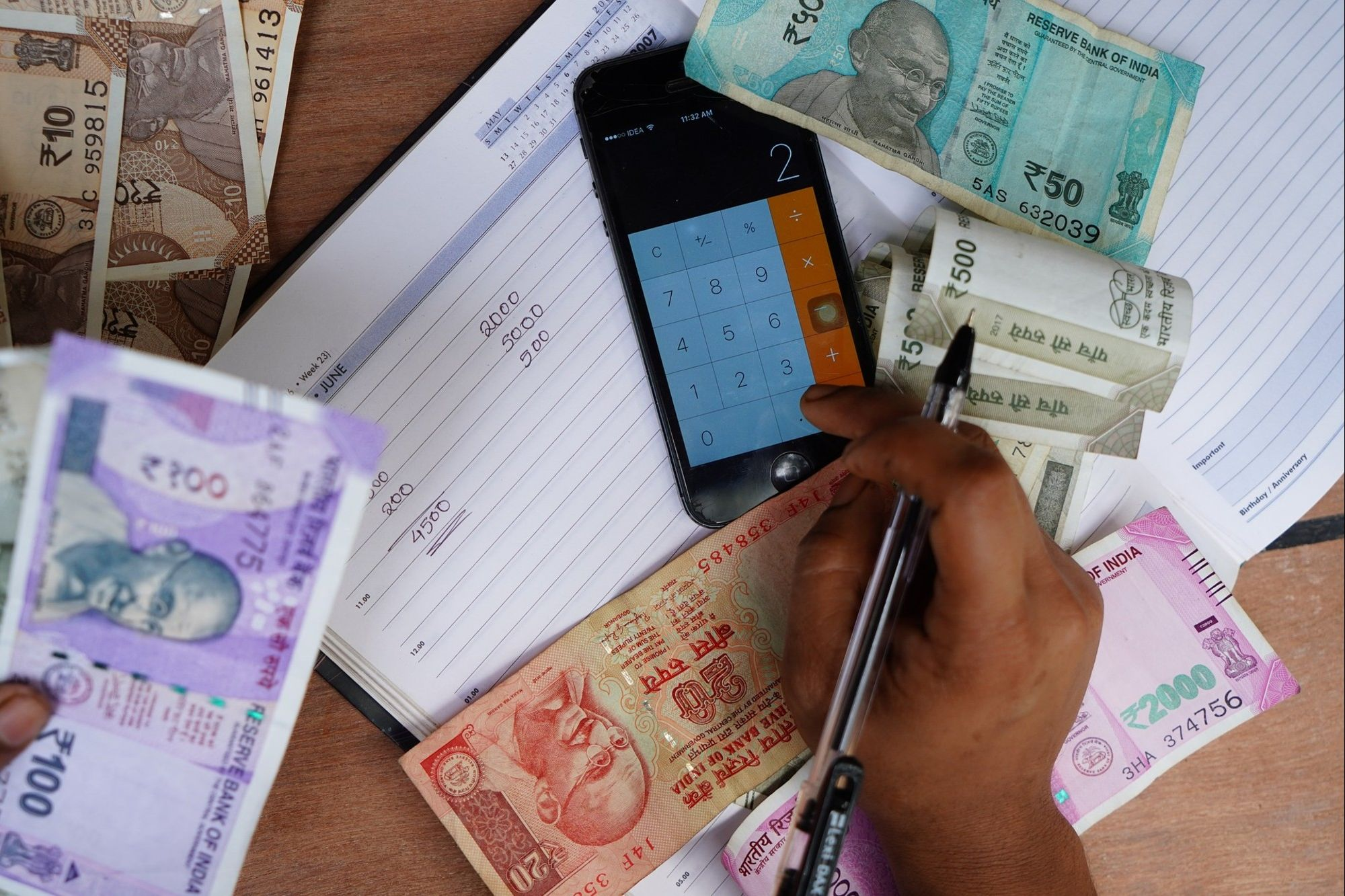 Most People Borrow for Emergencies: Report