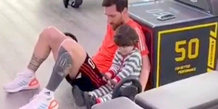 Messi nos enseña cómo hacer ejercicio en casa con tus hijos de una manera divertida