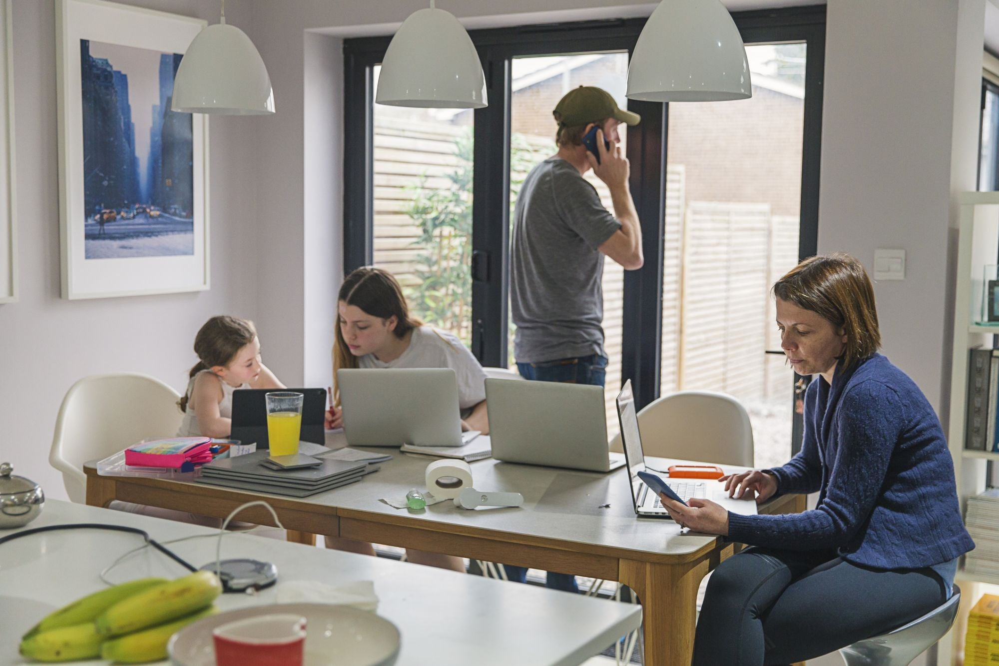 3 Ways Strong Leaders Can Support Work-From-Home Employees