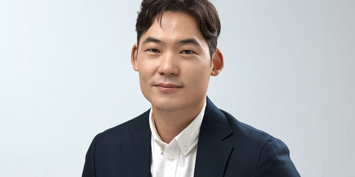 How Gen.G's COO Arnold Hur Envisions Tomorrow's Normal for Investing, E-Sports and Beyond
