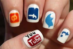 4 Ways to Turn Social-Media Fans Into Raving, Loyal Customers