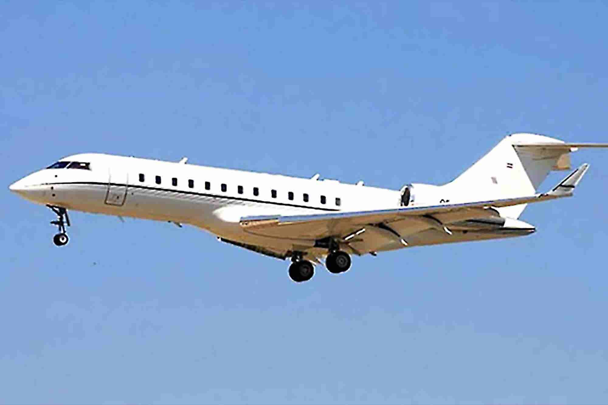 Despite Financial Troubles, BlackBerry Bought a Private Jet in July