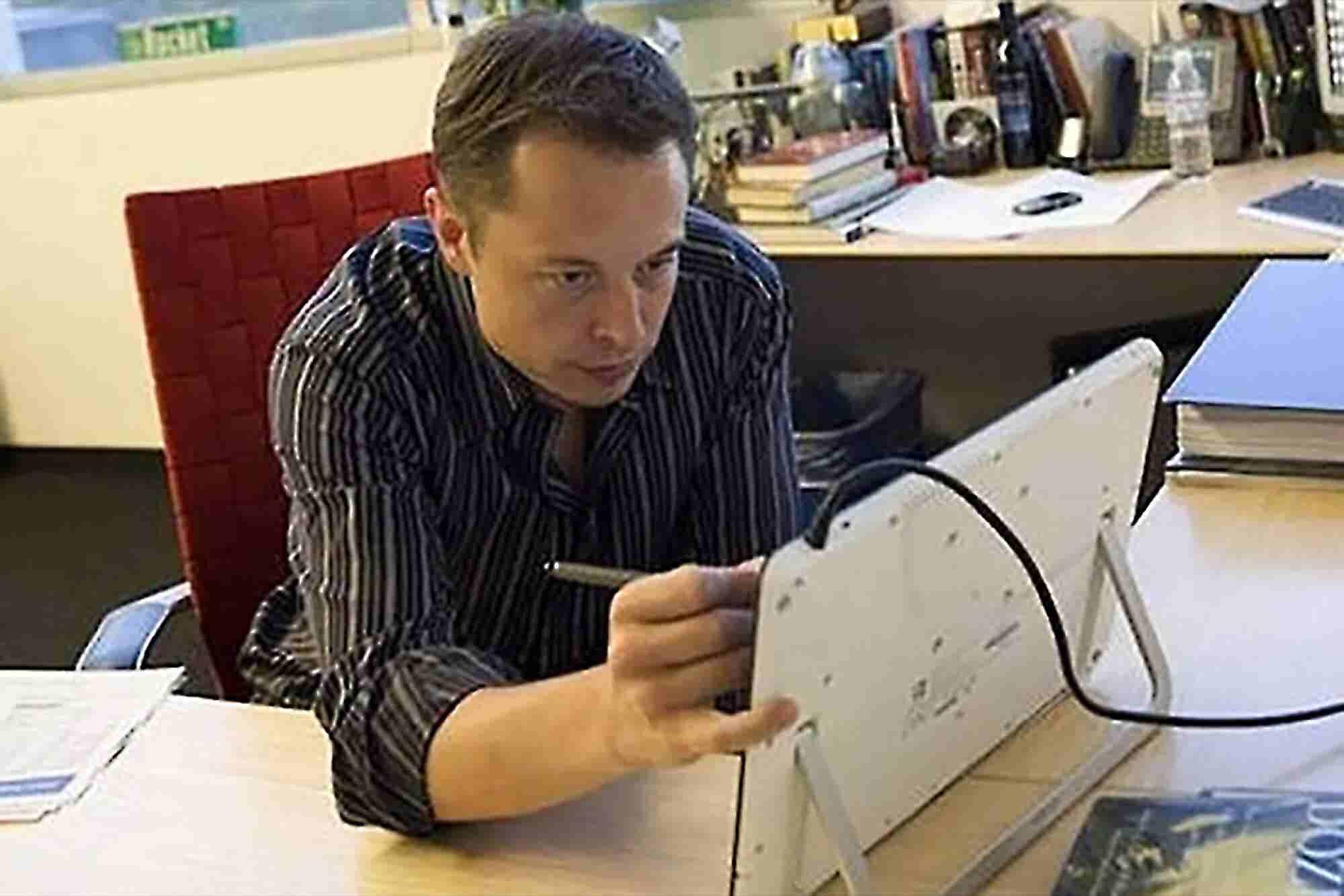 Books Inspiring Mark Zuckerberg, Elon Musk and Other Tech Entrepreneurs