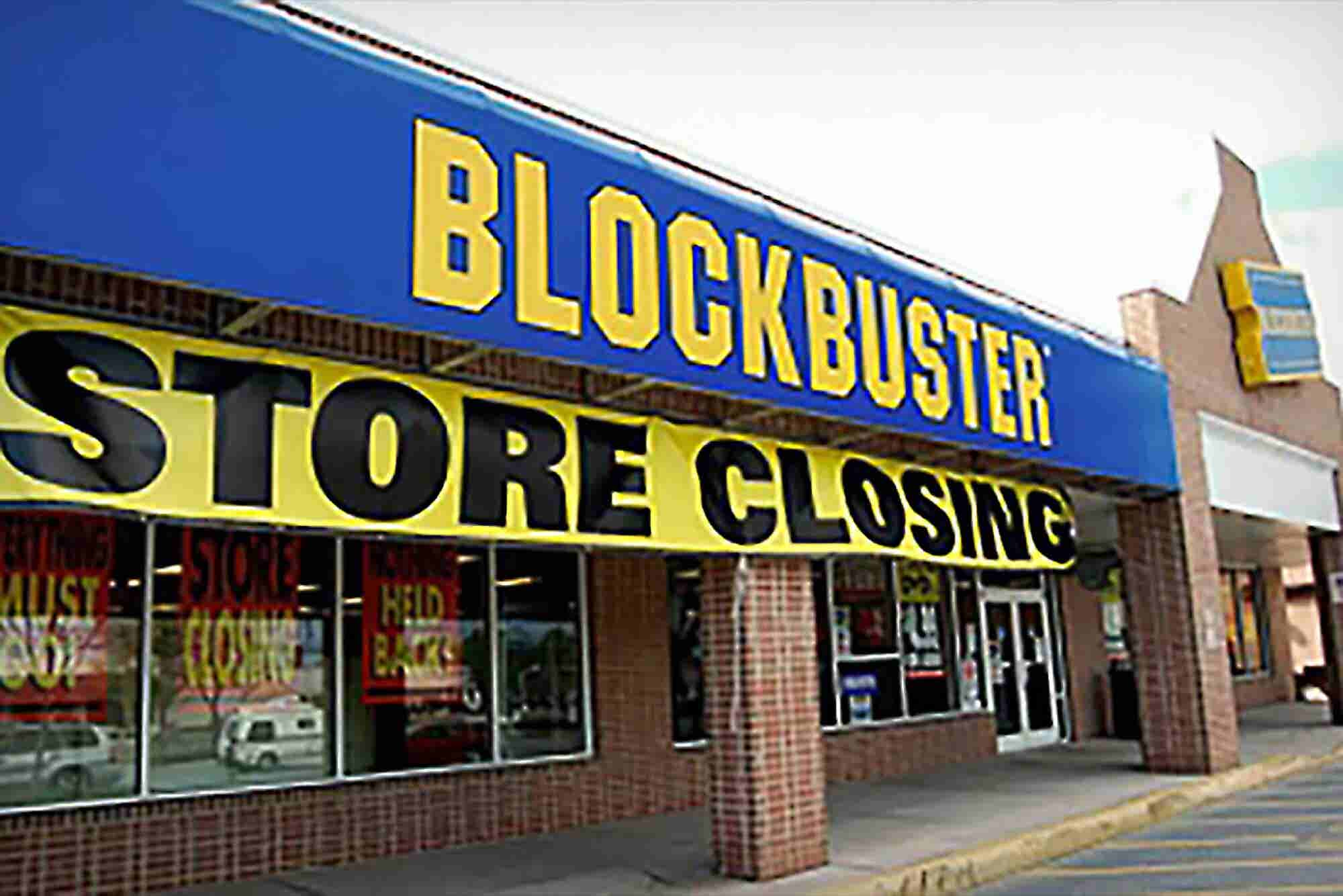 The Fall of a Franchise: Blockbuster and 5 Other Chains That Went Bust