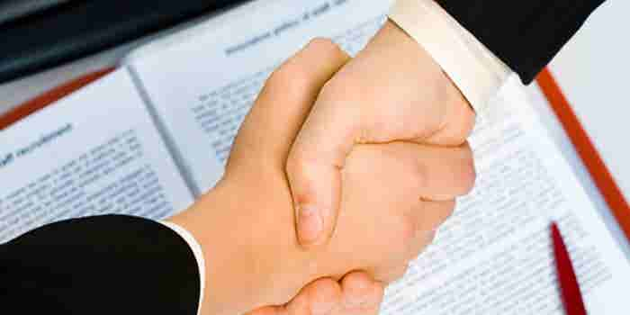 9 maneras de negociar un contrato como líder