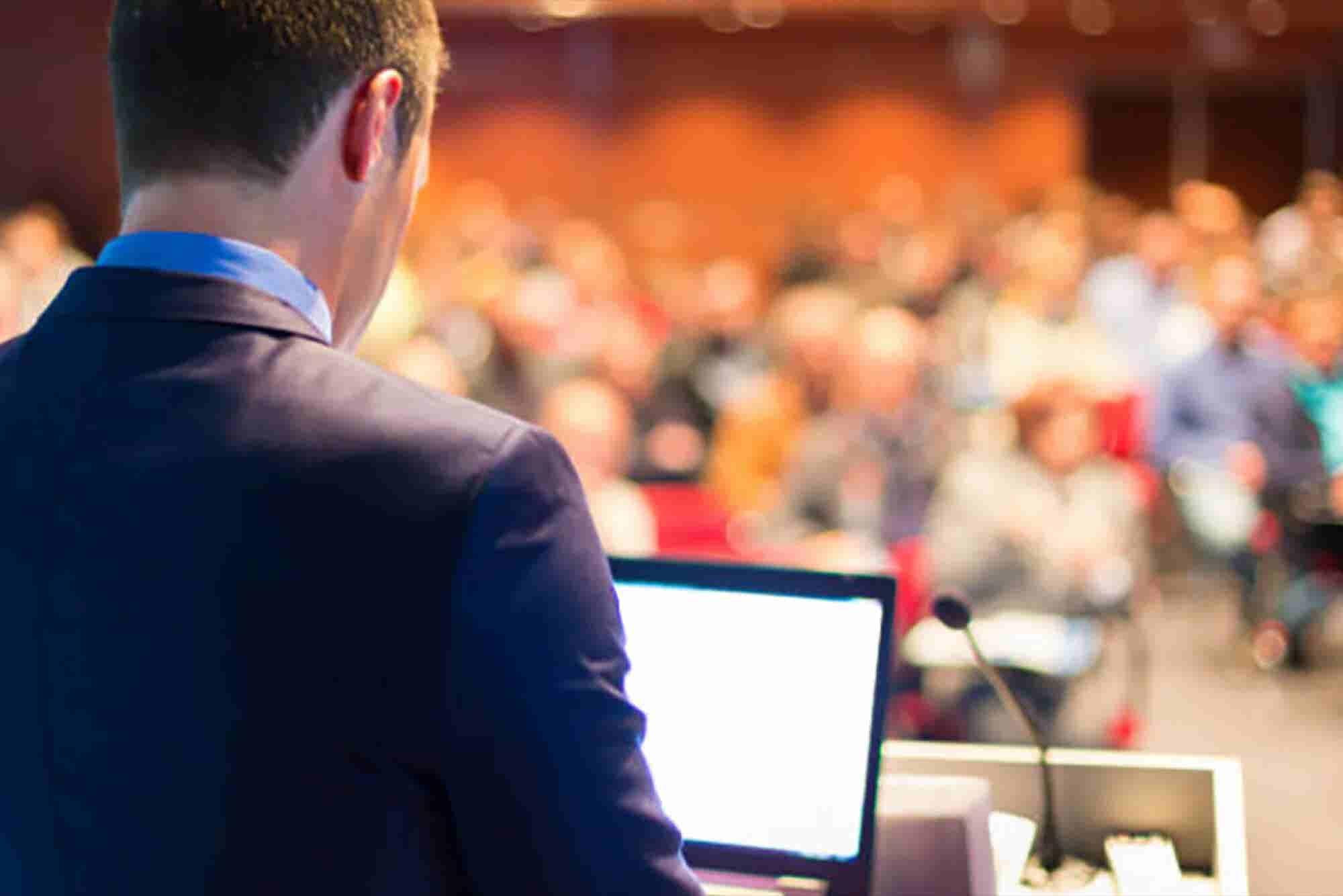 """3 claves para hablar en público como """"experto"""""""
