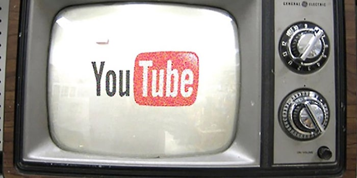 how to customize your youtube channel