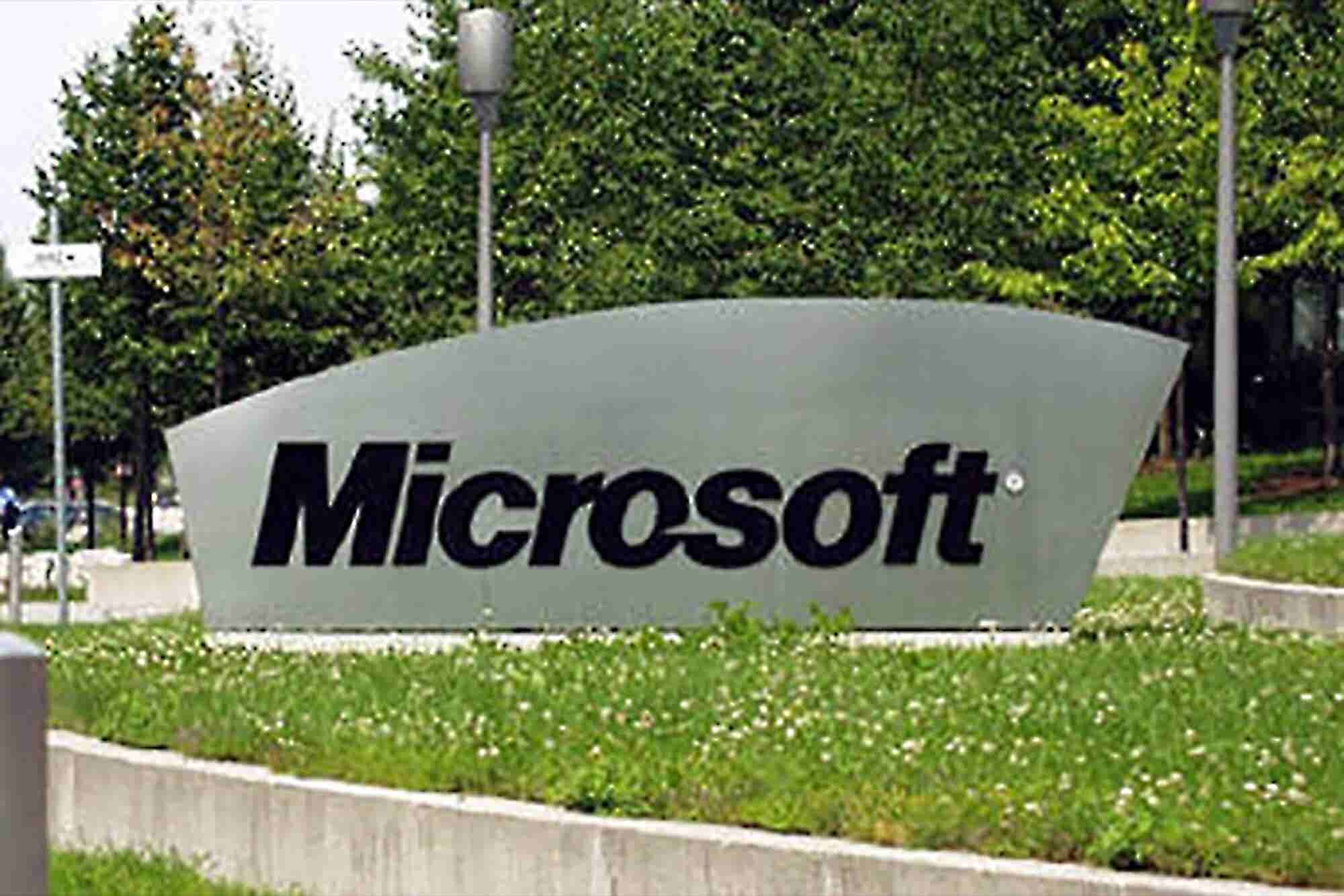 How Entrepreneurs Can Avoid Microsoft's SkyDrive Trademark Misstep