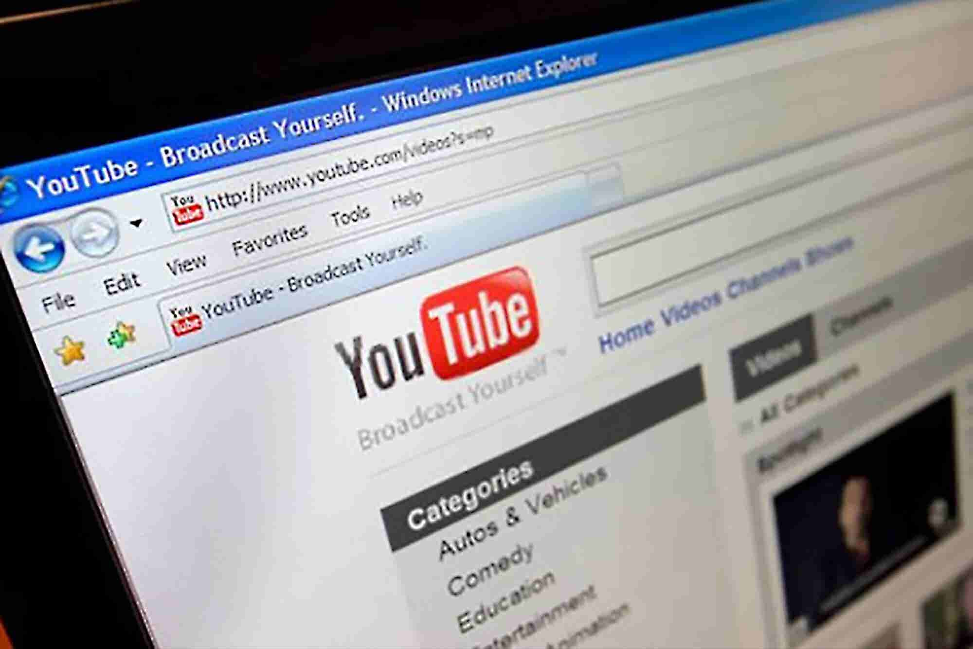 How to Write a Compelling Script for Your YouTube Videos
