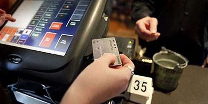 In a Win for Small Merchants, Judge Overturns Fed Ruling on Debit Card Fees