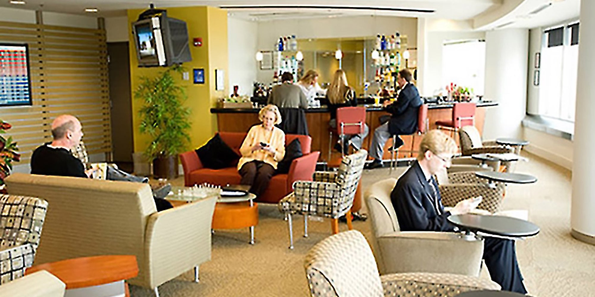 Travel Lounges That Help You Make Over Your Layover