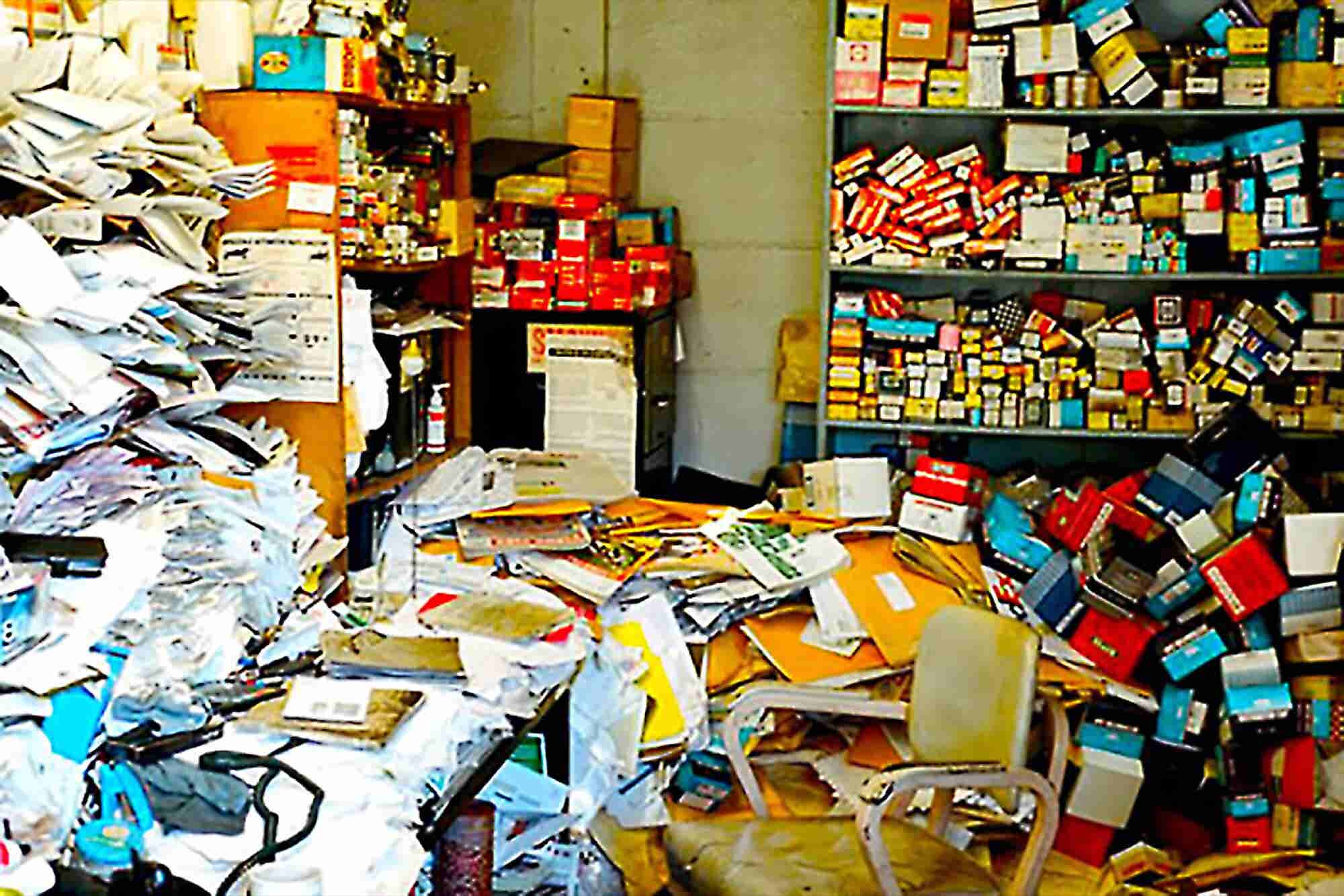 Messy Office? 7 Ways to Spruce Up Your Startup