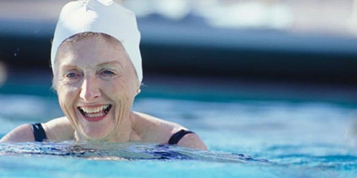 Clases de natación para la tercera edad
