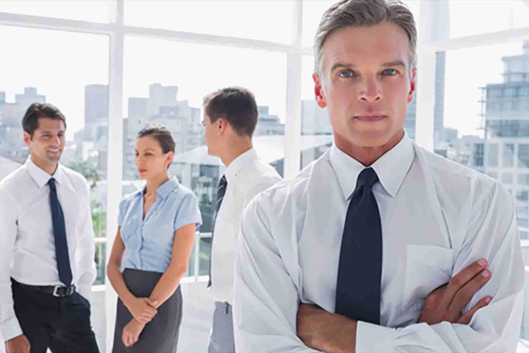 Los beneficios de contratar diferente