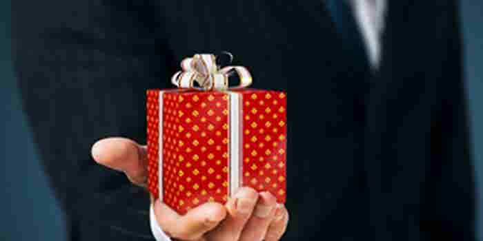 Smart Ways to Send Business Gifts This Season