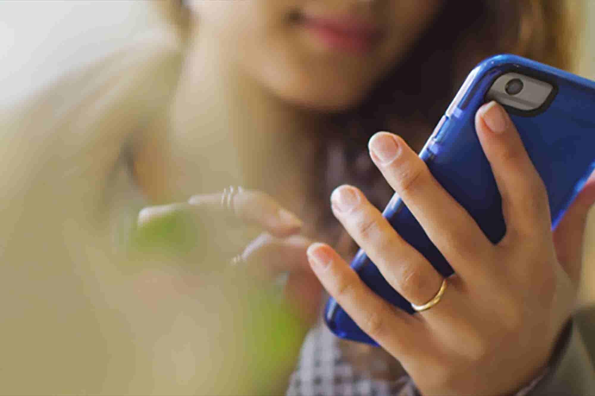 Desliza y cobra con tu celular