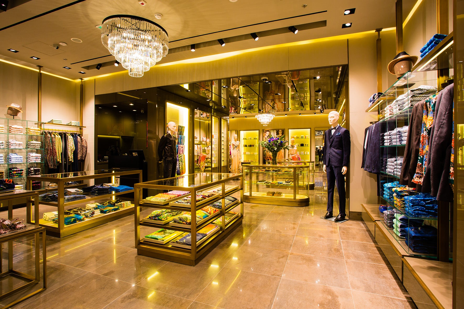 san francisco 97ee4 55b79 At Your Service: Etro's One-Stop Shop